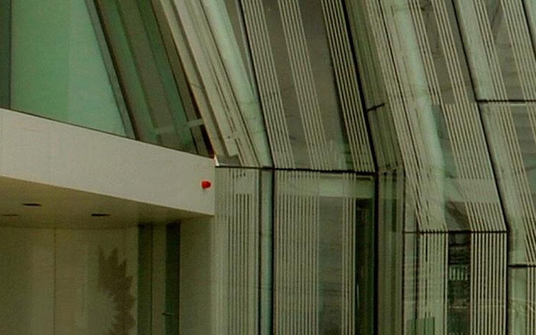 Edificio corporativo. Refinería de Bpoil